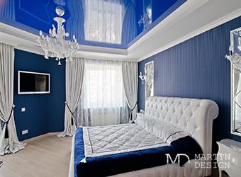 Дизайн синей спальни в духе французской классики