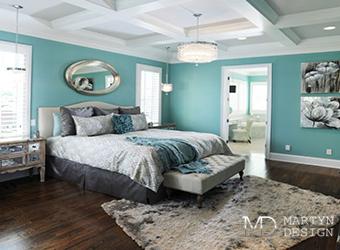 Дизайн современной спальни в бирюзово-бежевых оттенках