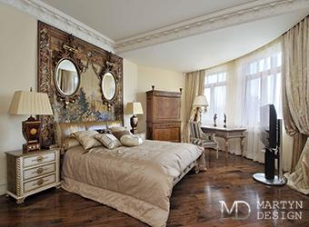 Смешение стилей: лофт и ампир в интерьере спальни