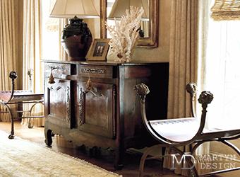 Как быстро декорировать квартиру антиквариатом?