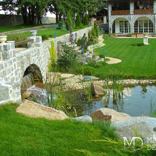 Ландшафтный дизайн участка загородного дома 10 соток
